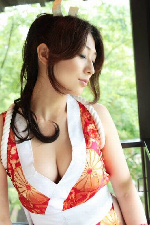 Sexy-Cosplay-0419